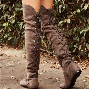 Like new over the knee back lace boot, 7
